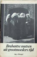 Boek_August_van_Breugel_mutsen_poffers